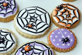 how to make a spider web decorated cookie sweetopia