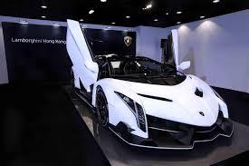 Lamborghini Veneno Body Kit - white lamborghini veneno roadster front side angle doors up