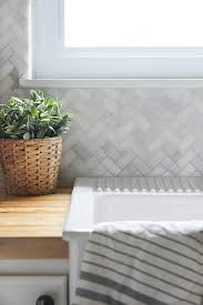 How To Install A Mosaic Tile Backsplash In The Kitchen How To Install A Kitchen Tile Backsplash Ehow