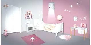 chambre de princesse pour fille decoration chambre de fille tradesuper info