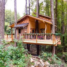 photo tour appalachian christmas treehouse u2014 nelson treehouse