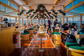 nyc holiday cruise themed boat rides for the holiday season
