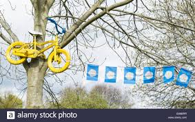 County Flags Tour De Yorkshire 2016 Yellow Painted Bike And Yorkshire County