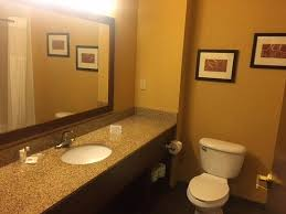Comfort Suites Columbus Indiana Comfort Suites Airport Updated 2017 Prices U0026 Hotel Reviews