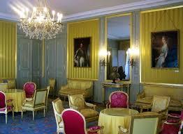 chambre d h e chamb駻y file chambre jaune chambéry jpg wikimedia commons