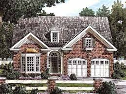 Front Porches On Colonial Homes Front Porch Homes Downsize In Style W Colonial Brick Cottage