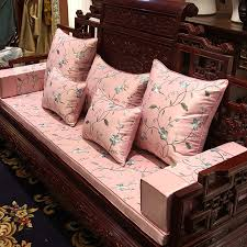 canap de charme charme de luxe broderie housse de coussin vignes floraison