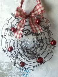 slinky wreath bed springs diy wreaths