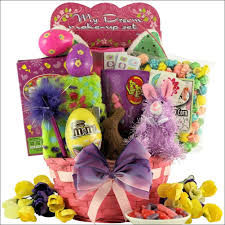 send easter baskets online streme easter gift basket for ages 6 9 years