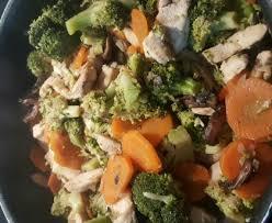 cuisiner le brocolis marmiton poulet sauté aux brocolis recette de poulet sauté aux brocolis