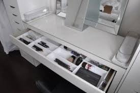 vanity dressing table foter