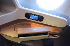 review singapore airlines u0027 airbus a350 business class seat