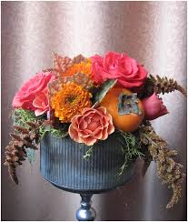 fall table arrangements using fruits vegetables in floral decor vibrant table catering