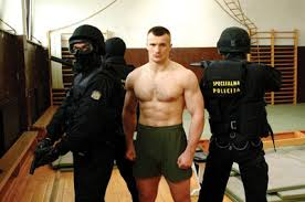 Mirko Crocop To Step In For The Injured Noguiera Against Frank Mir