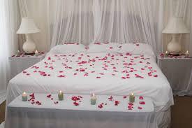 decoration de chambre de nuit valentin customisez votre chambre à coucher pour la fête des