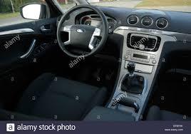 mpv car interior ford s max 2 0 tdci 2006 black metallic five doors 5d stock