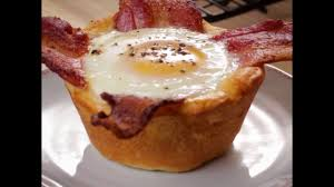 easy bacon and egg biscuit cups youtube