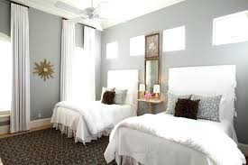 gray walls white curtains curtain color for gray walls curtain colors for grey walls what