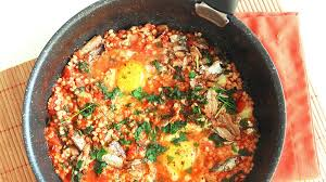 cuisiner les sardines sorgho aux tomates œufs et sardines à la poêle not parisienne
