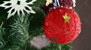 diy easy christmas tree ornaments decoration christmas tree decor