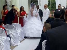 Craigslist Phoenix Bedroom Sets Texas Couple U0027s Wedding Day Saved By Strangers From Craigslist