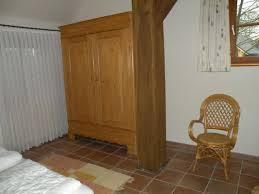 Schrank Im Schlafzimmer Ferienhäuser Ferienwohnungen Nordseebad Dangast Nordsee