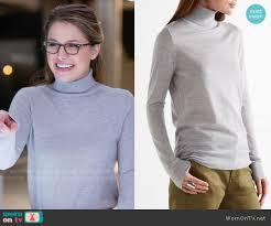 kara u0027s grey turtleneck sweater on supergirl details https