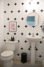 What Color To Paint A Small Bathroom by 25 Best Rental Bathroom Ideas On Pinterest Small Rental