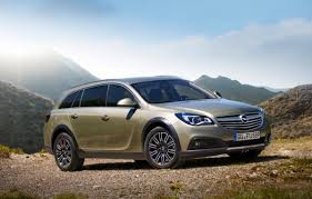 opel insignia 2014 opel reveals audi allroad rival with insignia country tourer gm