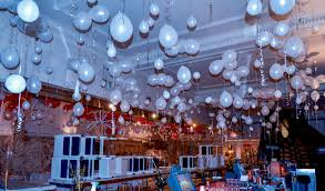 unusual balloon structures part 4 ceiling balloon decorations