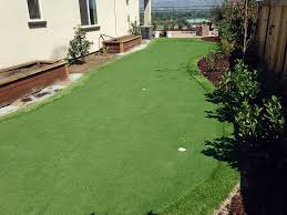 Backyard Putting Green Installation by Grass Installation Ontario California Putting Green Beautiful