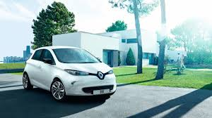 renault zoe 2017 renault zoe life prices u0026 specifications in uae carprices ae