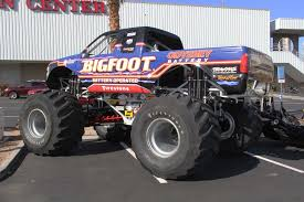 monster truck shows tensema16 2016 sema show preview day two