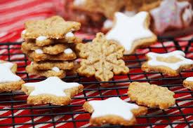 hervé cuisine cookies gâteaux ou biscuits étoiles de noël recette facile hervecuisine com