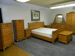 pier bedroom sets oak amish platform storage bed with wall bedroom oak bedroom furniture sets surewood summit furniture mfgs solid oak bedroom setsolid oak bedroom furniture sets mattress