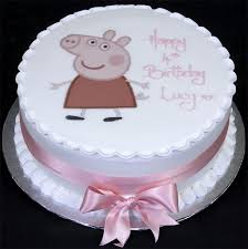 34 best peppa pig cakes images on pinterest peppa pig cakes