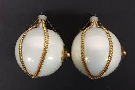 4 vintage hand blown glass christmas tree ornaments cream u0026 gold