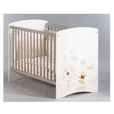 chambre bébé winnie armoire bebe winnie lourson mobilier décoration