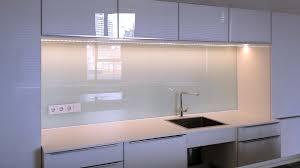 küche rückwand glasrückwand als küchenrückwand und für duschenwände glas voit