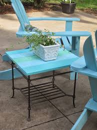 Painting Metal Patio Furniture - decorated chaos patio table makeover using decoart outdoor paint