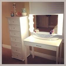 Lighted Bedroom Vanity Set Vanity Sets With Lights Lighted Makeup Vanity Mirror With Lighted