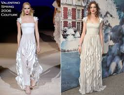 anne hathaway in valentino couture the white fairy tale love
