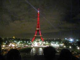 eiffel tower light show the eiffel tower shimmying and shimmering my sydney paris life