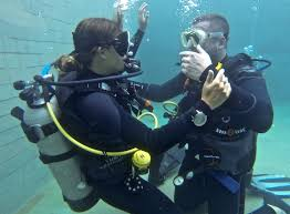 expectations of the padi divemaster course beyond blighty