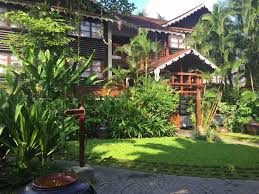 best choice of colonial luxury hotel to enjoy best myanmar tours