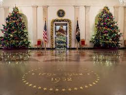 white house christmas tour 2015 white house christmas 2015 hgtv