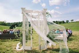wedding altars 10 original altar design ideas for outdoor weddings