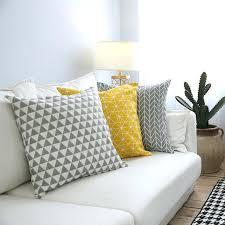 taie d oreiller pour canapé plaid coton canape moderne canapac housse de coussin jaune gris
