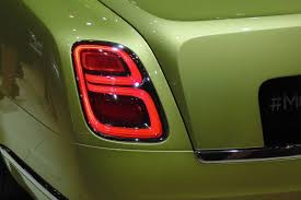 red bentley mulsanne new bentley mulsanne revealed ahead of geneva 2016 pictures