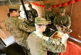 us army troops celebrate thanksgiving in iraq while leading the